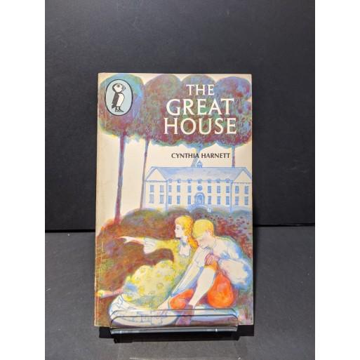 The Green House Book by Harnett, Cynthia